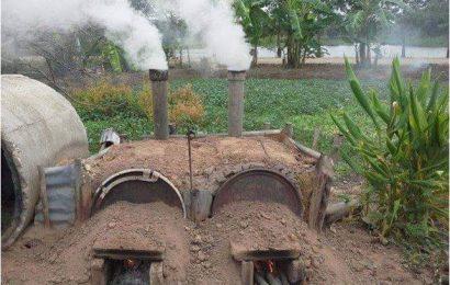 การเผาเผาถ่านด้วยเตา 200 ลิตร ควบคู่กับการใช้เตาซุปเปอร์อั่งโล่